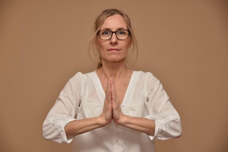Achtsamkeit im Alltag durch Meditation