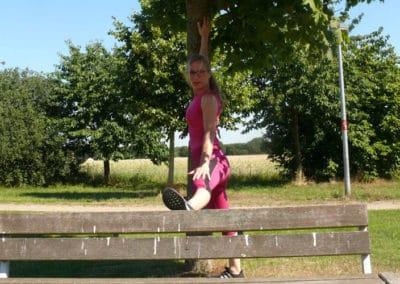 Spielplatz-Fitness_Dehnung1