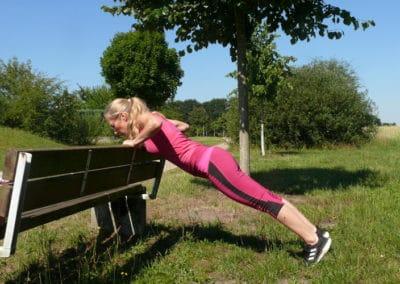 Spielplatz-Fitness_Liegestuetz5