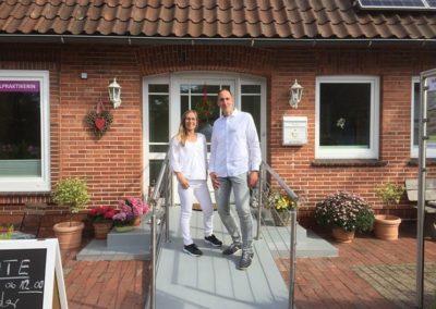 Das Team: Heilpraktikerin Maike Hoyer mit Coach Sven Lehmkuhl