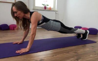 Mit fünf einfachen Übungen zuhause fit bleiben